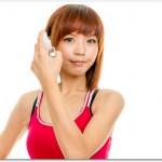 育毛剤の女性用は口コミが参考になる?薬用ハリモアやマイナチュレ、ベルタ育毛剤は口コミで評判?