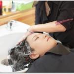 女性の抜け毛に効果的な育毛シャンプーとは?ハーブガーデンは天然成分100%でベースや水になっている?