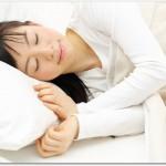 髪が薄い女性の育毛対策とは?ビタミン類の摂取と良質な睡眠を取ると良い?