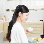 髪が薄い女性の中には若い人も?タンパク質を摂りアミノ酸バランスを良くしよう