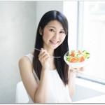 髪が薄い女子の原因や対策は?無理なダイエットを止めて栄養を摂ろう