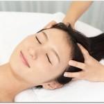 髪が抜ける女性の原因は?女性ホルモンの減少やストレスのせい?
