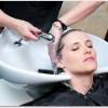 抜け毛は頭皮の血行が原因?シリコン素材のブラシで洗髪しヘッドスパをすると?