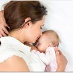 産後の抜け毛はいつまで続く?授乳が終わった頃にはひどい抜け毛も終わる?